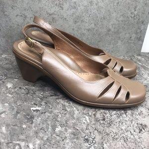 Dansko Taupe Tan Brown Leather 1 in Heel size 40